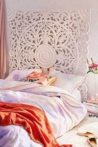 Bed Frames + Headboards - Urban Outfitters