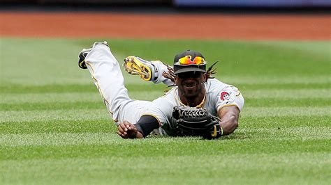 Pittsburgh Pirates moving Andrew McCutchen from center to ...