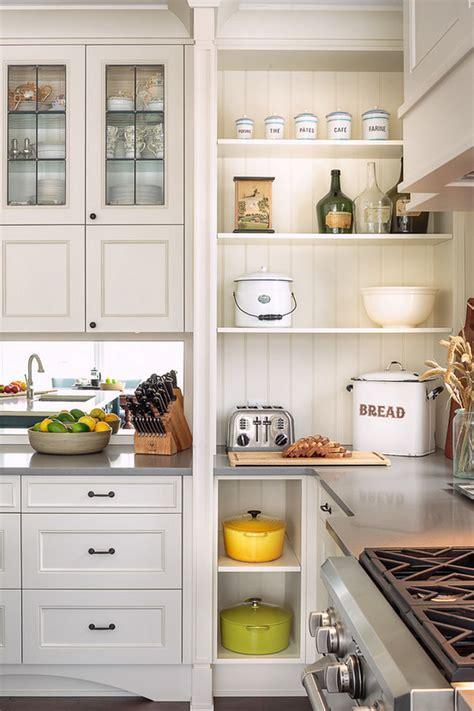 Farmhouse Kitchen with Blue Island   Home Bunch Interior
