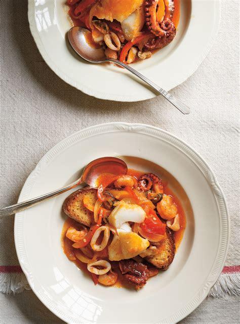 poisson cuisine casserole de poisson aux poivrons cacciucco alla