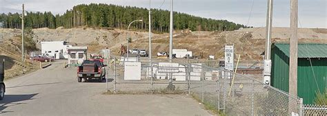 city hall takes  issue  campbell river landfill
