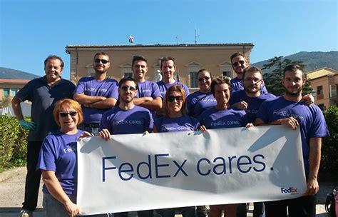 Sedi Fedex Italia Fedex Annuncia Il Grande Successo Della Cagna Fedex