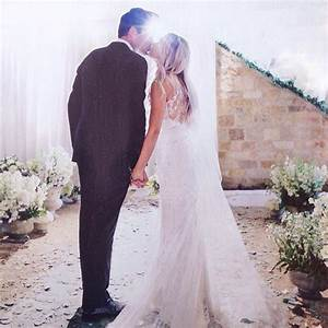 301 moved permanently for Lauren conrad wedding dress