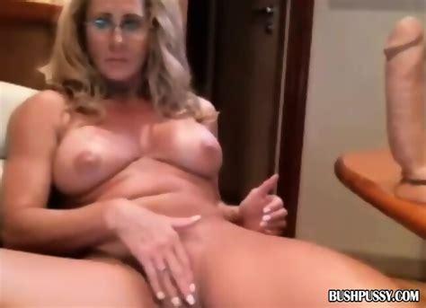 Blonde Sexy MILF Rubs Trimmed Hairy Bush On Webcam EPORNER