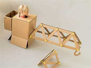 Unstructured Building Set Wants to Inspire Little