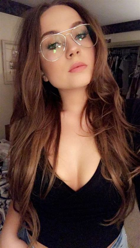 Sexy Girls With Glasses - Barnorama