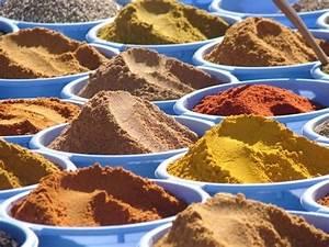 Herbe à Curry Toxique : l 39 histoire de la noix de muscade la cuisine de tattoo ~ Melissatoandfro.com Idées de Décoration