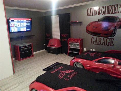 race car room decor car race car themed bedroom on charming bedroom design ideas