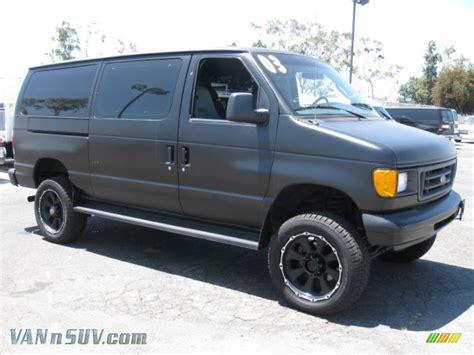 2003 Ford E Series Van E350 Super Duty XL 4WD in Black