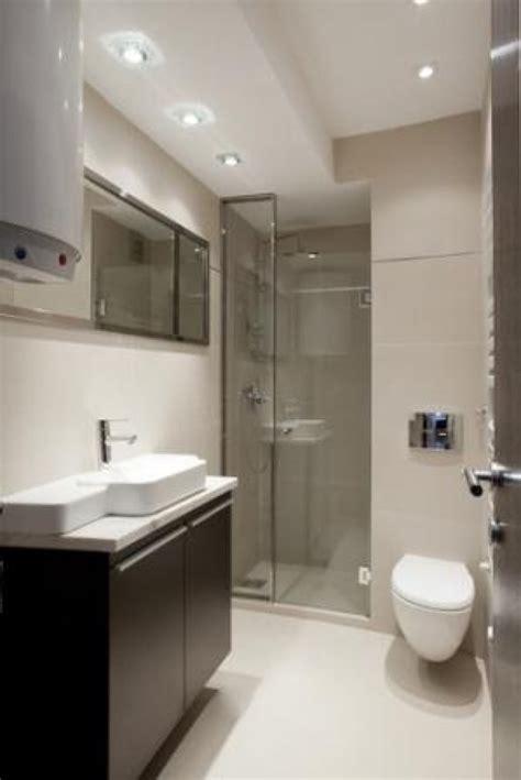 Narrow Bathroom Design by Narrow Bathroom Designs