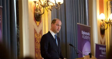 le prince william visite le bureau du foreign and commonwealth office fco 224 londres le 16