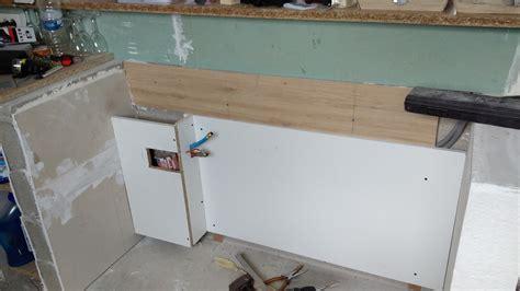 table de cuisine a fixer au mur fixer plan de travail au mur atlub com