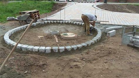 randsteine mit mähkante randsteine richtig setzen randsteine zur gartengestaltung richtig setzen anleitung