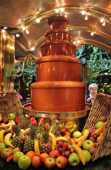 Les Grands Buffets En Narbona  Guías Viajar