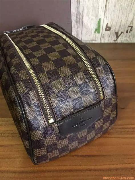 louis vuitton clutch bag lv pouch lv bags sale louis vuitton cosmetic bag lv makeup bag king