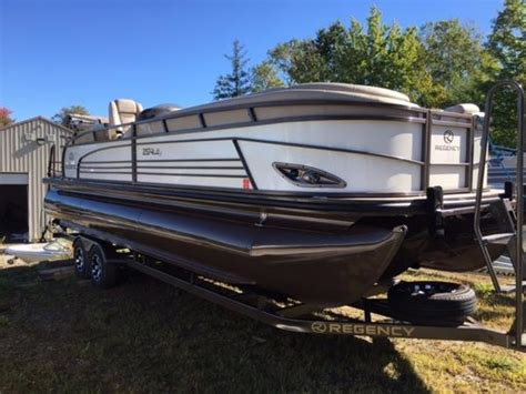 Used Pontoon Boats Maine by Used Pontoon Boats For Sale In Maine Boats