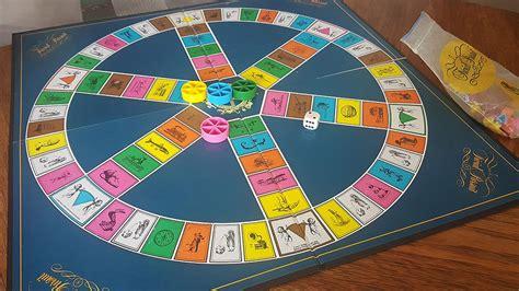 Un juego de monopoly en fandejuegos, un juego de mesa. Cuarentena por coronavirus: juegos de mesa - Uppers