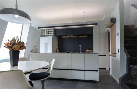 laminate kitchen floors 515 best images about caesarstone kitchens on 3639