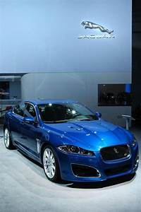 Jaguar Nice : 17 best ideas about jaguar cars on pinterest jaguar f type nice cars and dream cars ~ Gottalentnigeria.com Avis de Voitures