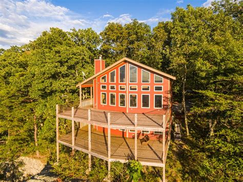 lookout mountain cabins chattanooga vacation rentals quot ledge quot bluff view 2