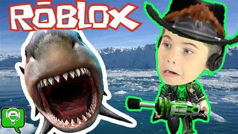 Roblox Shark Bite with HobbyPig - YouTube