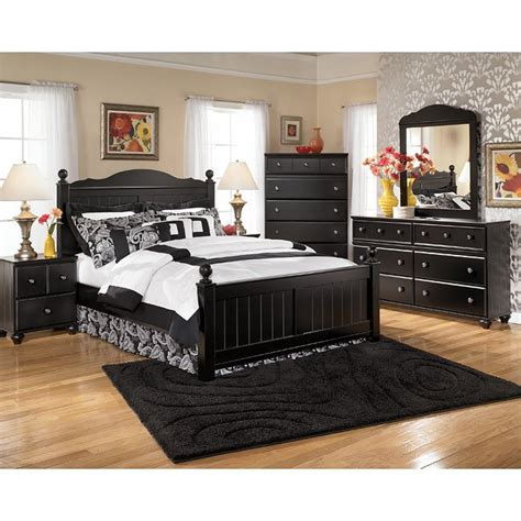 Jaidyn Bookcase Bedroom Set by Jaidyn Poster Bedroom Set By Signature Design By