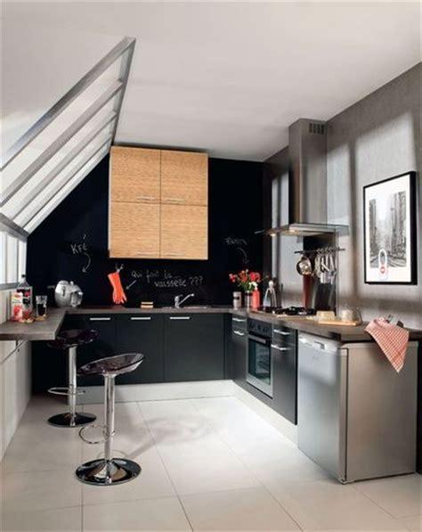 cuisine sous pente aménager ses combles 4 photos de cuisines sous les toits