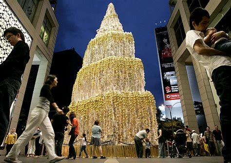 o holy lights displays from around the world ny daily news