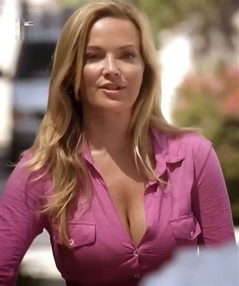 A Look At Amazingly Gorgeous Actress Brandy Ledford