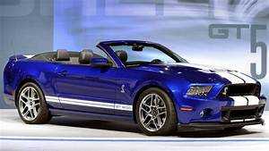 2013 Ford Shelby GT500 convertible debuts in Chicago
