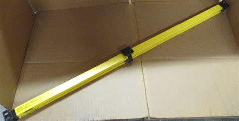 banner engineering slse30 1200q8 ez screen safety light