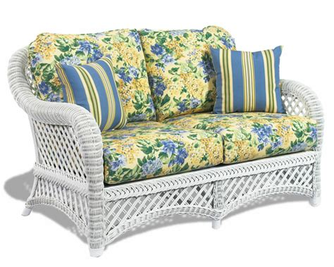 White Wicker Loveseat by White Wicker Loveseat Lanai Wicker Paradise