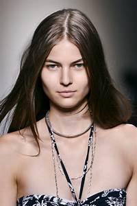 Raie Sur Le Coté Homme : coiffure la raie au milieu marie claire ~ Melissatoandfro.com Idées de Décoration