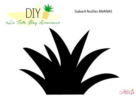 cuisine et salon dans la meme gabarit feuille ananas