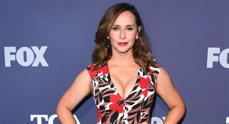 foto de Jennifer Love Hewitt Selling Amazing Pacific Palisades