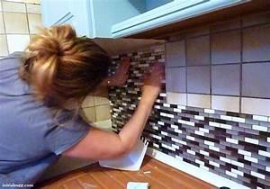 avec quoi recouvrir un plan de travail de cuisine plan de With carrelage adhesif salle de bain avec lampe led auto adhesive