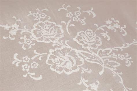 copriletto ricamato copriletto matrimoniale organza ricamato fiori familia