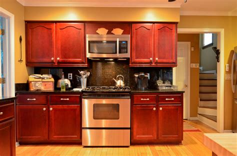 floors with kitchen cabinets rosewood stained maple 9532