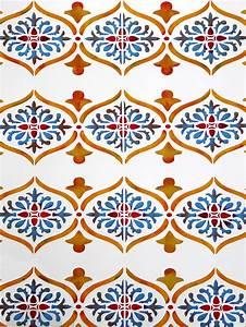 Moroccan Ornamental Border Stencil - Henny Donovan Motif  Border
