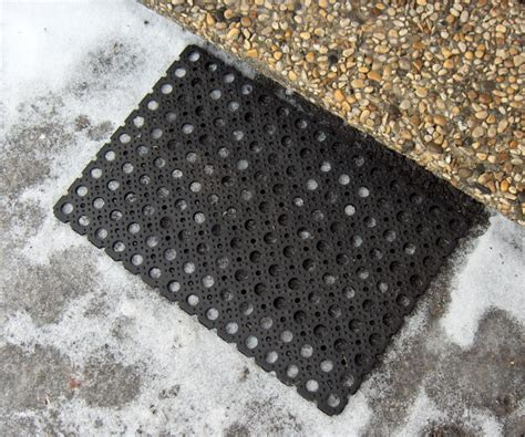 paillasson au metre tapis duentre tapis de passage rayures noires la with paillasson au metre