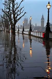 Rainy Day, London, England photo on Sunsurfer