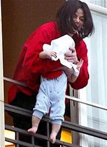 Blanket Jolie-Pitt | Manolo's Shoe Blog