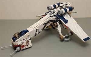 Star Wars Lego 10195 Republic Dropship with AT-OT - a ...