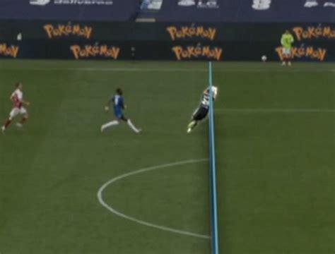 Chelsea fans left fuming over Emiliano Martinez 'blatant ...