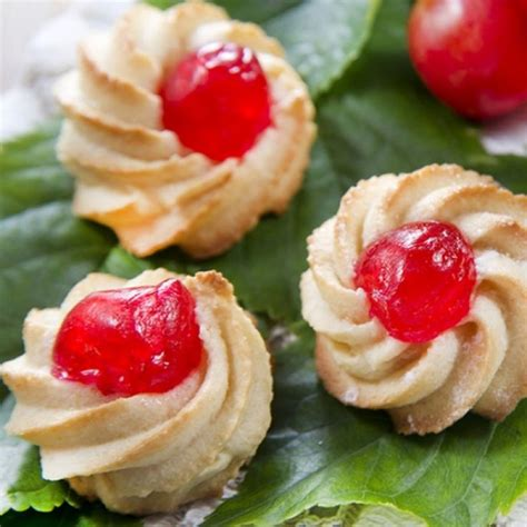 Here are 10 delicious cookie recipes that are perfect for winter holiday tables. A Very yummy recipe for Italian butter cookies, These are a great holiday treat..   Christmas ...