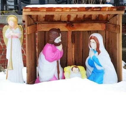 outdoor nativity set lovetoknow