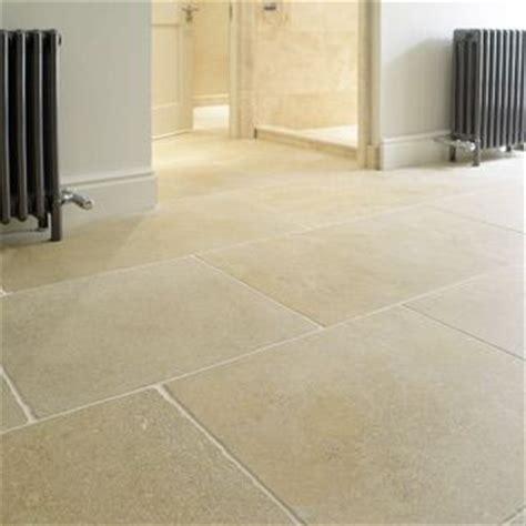 Sandstone Flooring For Kitchens by Best 25 Flooring Ideas On