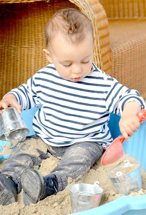 bureau bébé 18 mois comment occuper bebe 18 mois