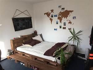 Gemtliches Bett Mit Paletten Diy Einrichtung Zimmer