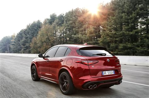 2018 alfa romeo stelvio quadrifoglio first review motor trend